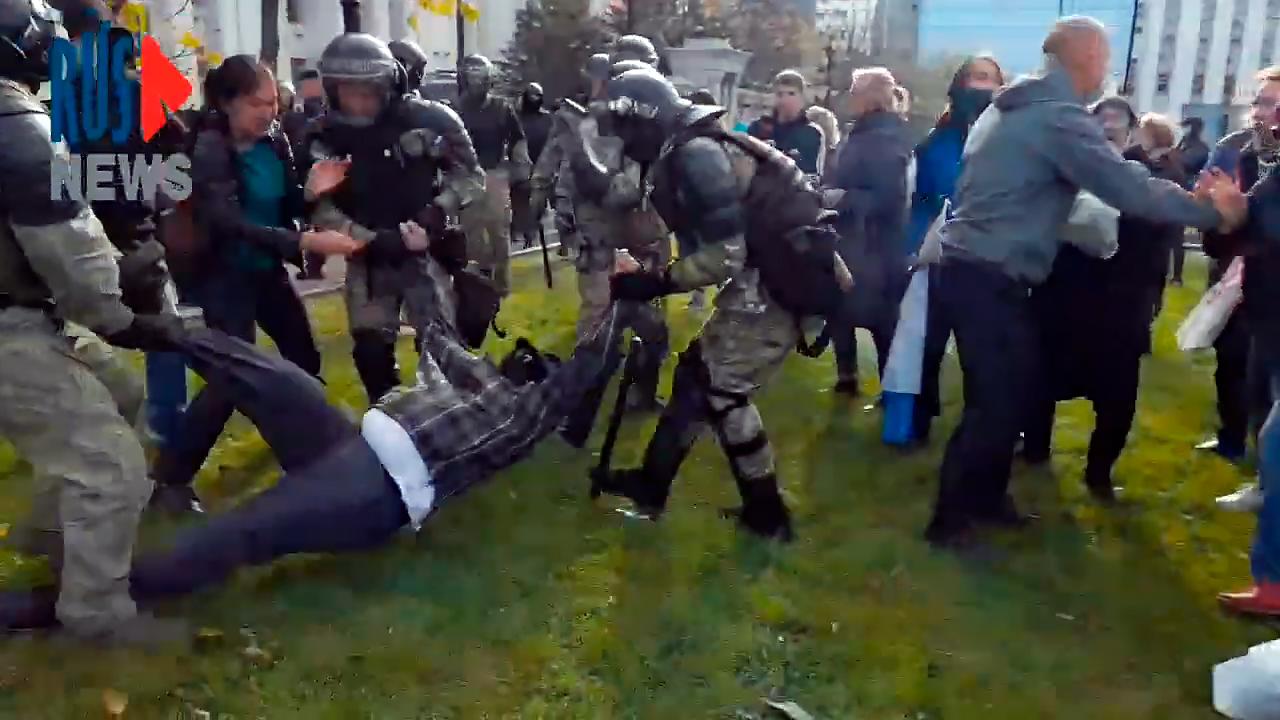 Является ли современная Россия полицейским государством
